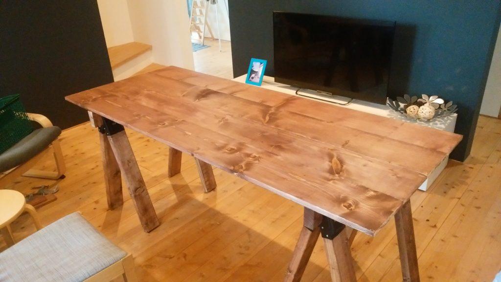 「ソーホースブラケット」を使ってのテーブルの作り方〈小松家〉