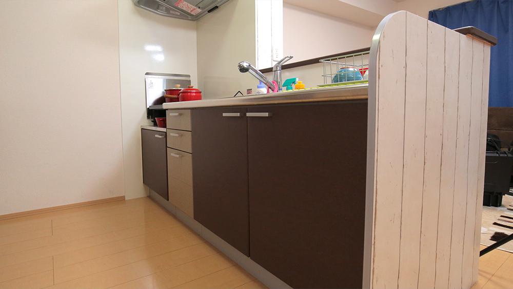 キッチンDIY①2種類のマスキングテープで、キッチンをリメイク!〈武田家〉