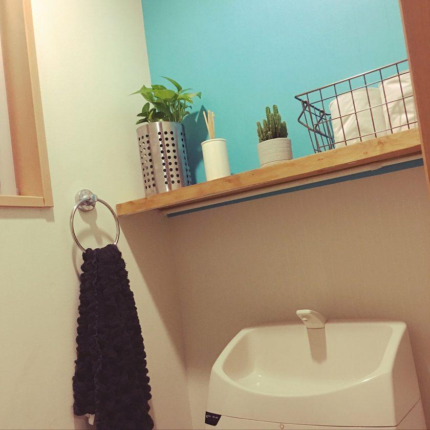 マスキングテープと端材棚でトイレをイメチェン〈小野家〉