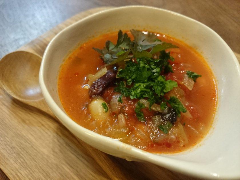 育てて食べよう⑯「パクチーとパセリのトマトスープ」<小松家>