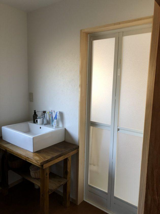 古い戸建て住宅の洗面所と浴室をリフォーム&DIY①「リフォームの合間に洗面台を作成」<小松家>